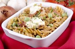 casserole noodle μπιζέλια Στοκ φωτογραφίες με δικαίωμα ελεύθερης χρήσης