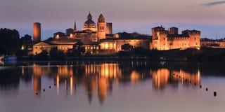 Casserole réglée de château de Mantua Images libres de droits
