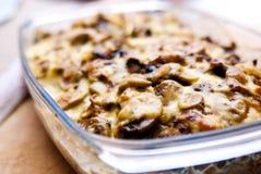 casseroleost plocka svamp potatisen Royaltyfri Foto