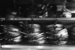 Casseroles de restaurant Images stock