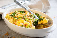 Casseruola dei broccoli e della pasta Fotografia Stock