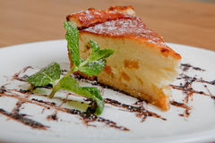Casseruola del formaggio Fotografia Stock Libera da Diritti