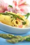 Casseruola della Asparago-Prosciutto-Pasta Immagini Stock Libere da Diritti