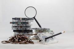 Cassetta, cercante i vecchi pezzi dal 70& x27; s Immagini Stock Libere da Diritti