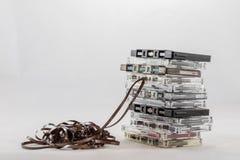 Cassetta, cercante i vecchi pezzi dal 70& x27; s Fotografie Stock Libere da Diritti