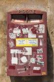 Cassetta della posta italiana rossa Fotografie Stock