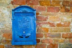 Cassetta delle lettere blu Fotografia Stock