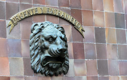Cassetta delle lettere con il fronte II del leone Fotografia Stock Libera da Diritti