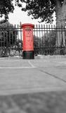 Cassetta delle lettere rossa Fotografie Stock Libere da Diritti