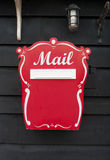 Cassetta postale rossa immagini stock