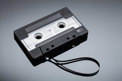 Cassetta su un fondo riflettente Immagine Stock Libera da Diritti
