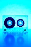 Cassette éclairée à contre-jour par la lumière bleue Photos libres de droits
