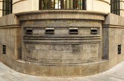 Cassette delle lettere nell'ufficio postale centrale a Cordova, Spagna Immagine Stock