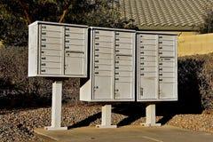 Cassette delle lettere in un nuovo complesso residenziale suburbano Fotografia Stock