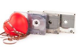 Cassette sonore avec la bande magnétique dans la forme du coeur Photo libre de droits