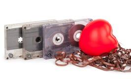 Cassette sonore avec la bande magnétique dans la forme du coeur Image stock