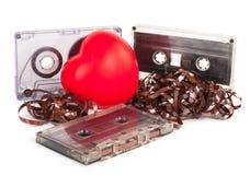 Cassette sonore avec la bande magnétique dans la forme du coeur Photo stock
