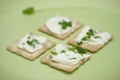 Casseurs minces avec le fromage fondu Photos libres de droits