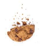 Cassez les biscuits avec des morceaux de chocolat Photos libres de droits