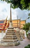 Cassical Tajlandzka architektura w Wata Pho jawnej świątyni w Bangkok, Tajlandia Obraz Stock
