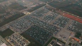 CASSINO WŁOCHY, GRUDZIEŃ, - 28, 2018 Widok z lotu ptaka FCA Włochy S P A Cassino automobilowej rośliny nowi samochody składowi zbiory wideo