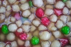 Castañas de agua en leche de coco Imágenes de archivo libres de regalías