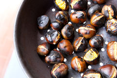 Castagne dell'arrosto Immagine Stock