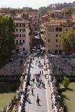 Castel忽略风景的Sant'Angelo 图库摄影