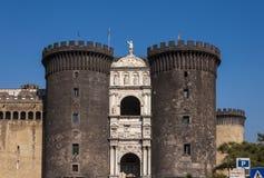 castel известная Италия большинств взгляд места nuovo naples Стоковая Фотография
