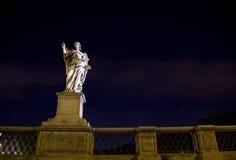 Castel Angelo sant de Rome de tourisme Photographie stock libre de droits