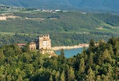Castel Cles - старый замок в Trentino Италии стоковая фотография