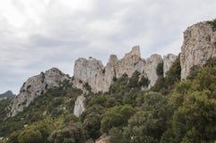 Castel de Peyrepertuse in Aude, Frankrijk stock afbeelding
