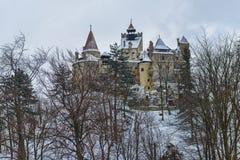 Castel Dracula podczas zimy zdjęcia stock