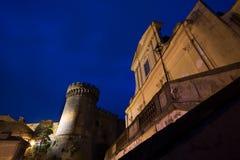 Castel e iglesia imagen de archivo libre de regalías
