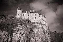 Castel en una montaña imágenes de archivo libres de regalías