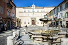 CASTEL GANDOLFO: Апостольский дворец Castel Gandolfo, резиденция лета Пап Лацио, Италия стоковые изображения