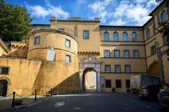 CASTEL GANDOLFO: Apostolski pałac castel gandolfo lato siedziba Popes Lazio, Włochy zdjęcia royalty free