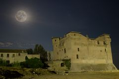 Castel i księżyc Obrazy Royalty Free
