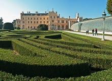 Castel Lednice II parkera, arbeta i trädgården, det redaktörs- fotoet, Royaltyfri Foto