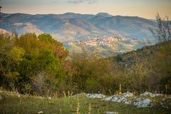 Castel Madama i San Polo De Cavalieri od Prenestini Zdjęcie Royalty Free