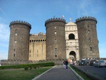 Castel Maschio Angioino en medeltida och renässansslott historiker, symbol av staden av Naples italy Royaltyfri Fotografi