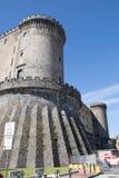 Castel Nuovo - pareti del castello fotografia stock