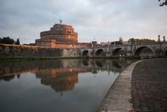 Castel San Angelo all'alba, Roma, Italia Immagine Stock