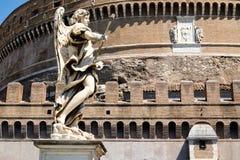 Castel Sant安吉洛在有天使的一个美丽的雕象的罗马 图库摄影