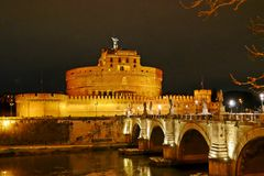 Castel Sant Angelo και η γέφυρα Sant Angelo Στοκ φωτογραφία με δικαίωμα ελεύθερης χρήσης