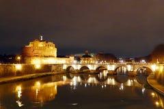 Castel Sant Angelo και η γέφυρα Sant Angelo Στοκ Φωτογραφίες