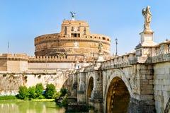 Castel Sant Angelo και το Ponte Sant& x27 Angelo στη Ρώμη Στοκ Εικόνες