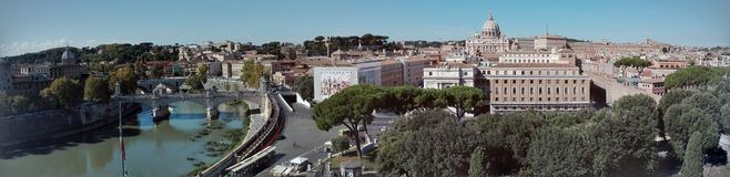 Взгляд панорамы горизонта Castel Sant'Angelo Рима стоковая фотография rf
