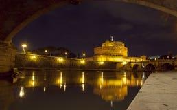 Castel Sant'Angelo bij nacht Stock Afbeelding