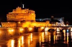 Castel Sant'Angelo bis zum Night Lizenzfreies Stockfoto